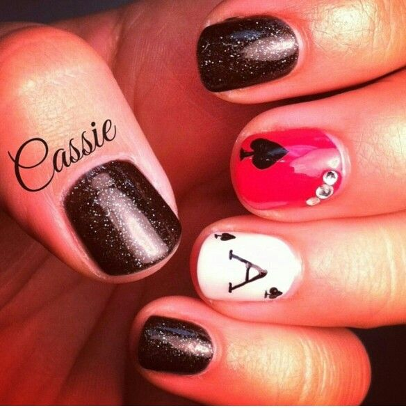 Like The Black W Sparkles On It Nail Art Pinterest Vegas Nails
