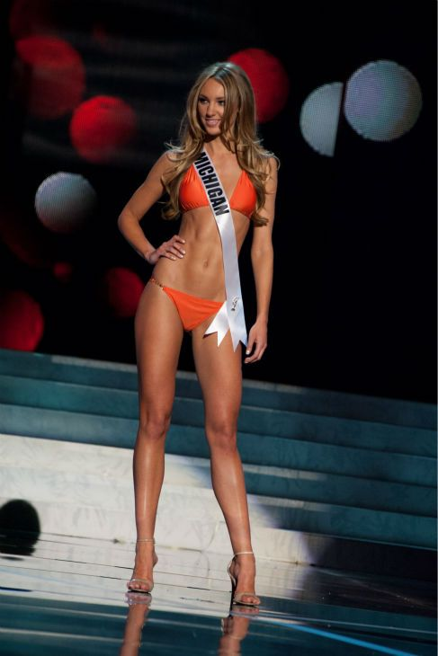 Baby Girl Shoes Wallpaper Miss Michigan Usa 2013 Jaclyn Schultz 24 Competes In