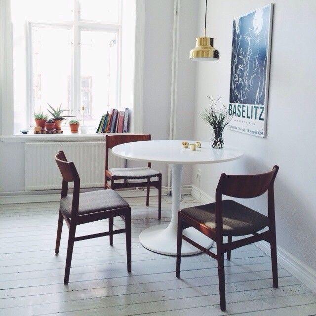 Ikea Tulip Table Midcentury Teak Chairs Brass Bumling Lamp Emma Solveigsdotter Via Instagram Matbord Ideer Massing