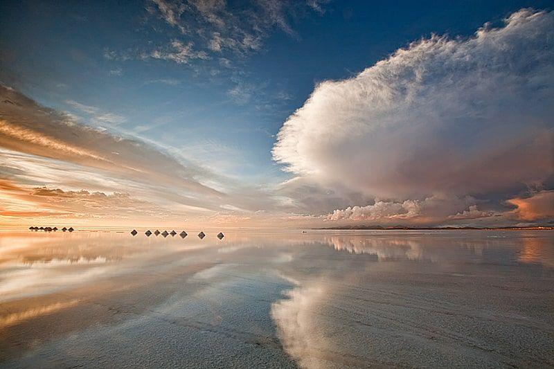 Salar De Uyuni Largest Salt Flat In The World Uyuni