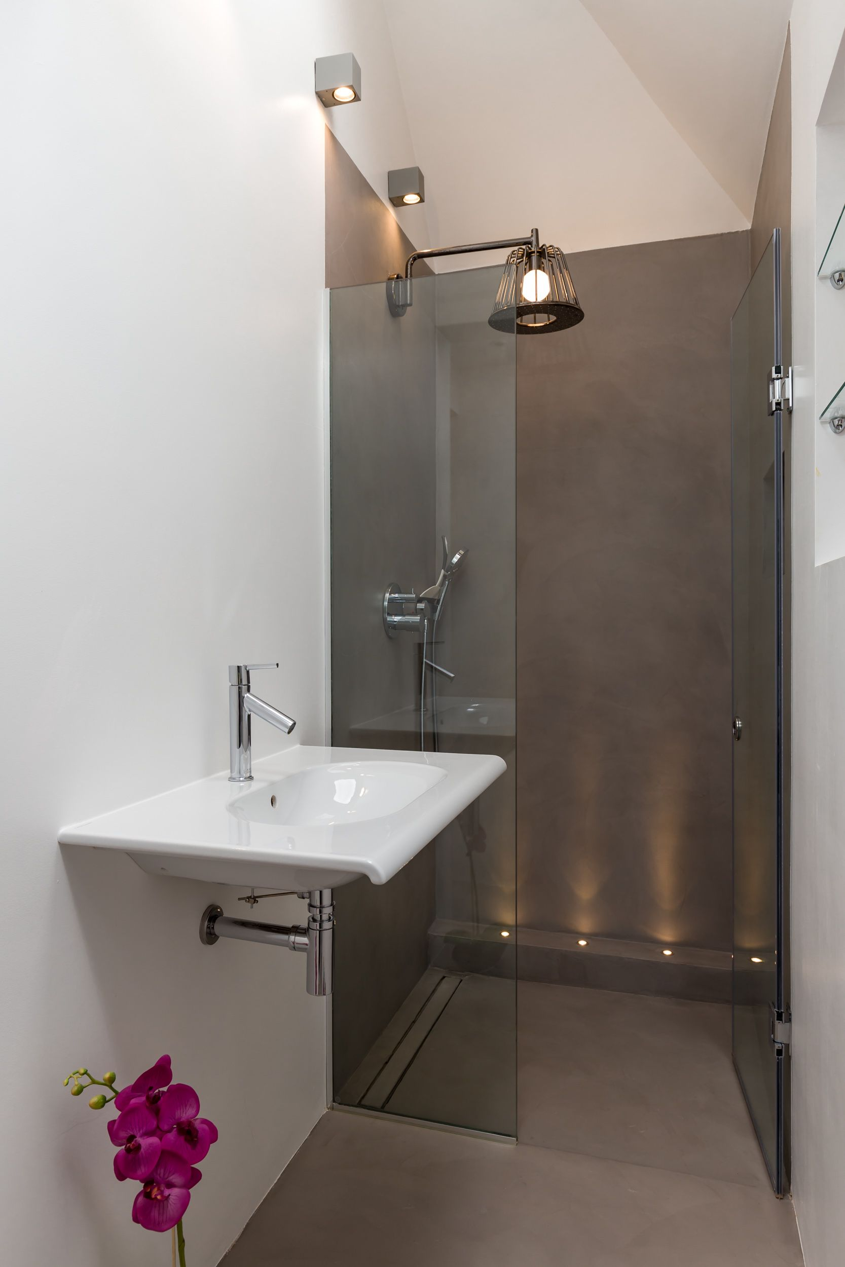 Bathroom Ensuite Contemporary Miniumal Shower