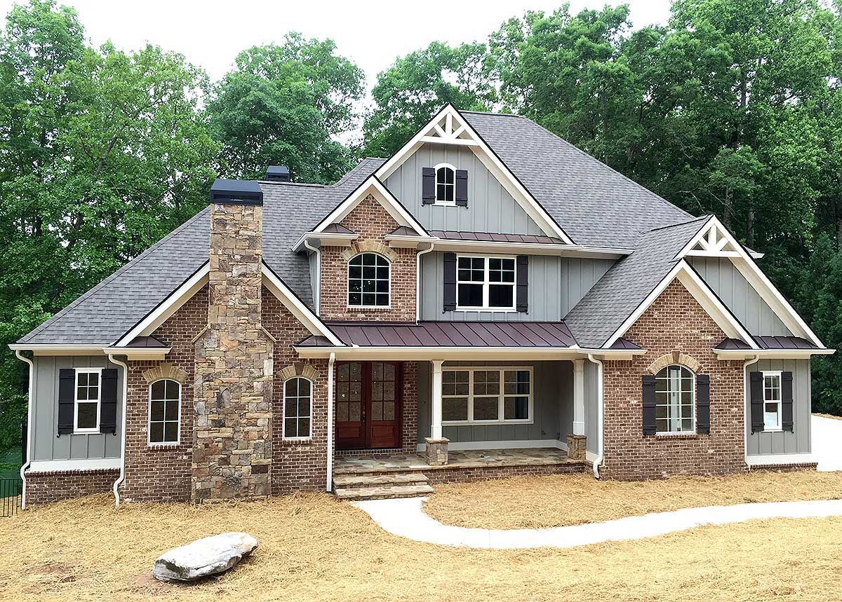 plan 24363tw superior craftsman house plan craftsman house love the look and color and floor plan would like to pull out the front door and have a bigger porch
