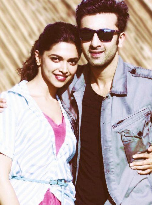 Deepika Padukone And Ranbir Kapoor Bollywood Couples Bollywood Celebrities Bollywood Actress
