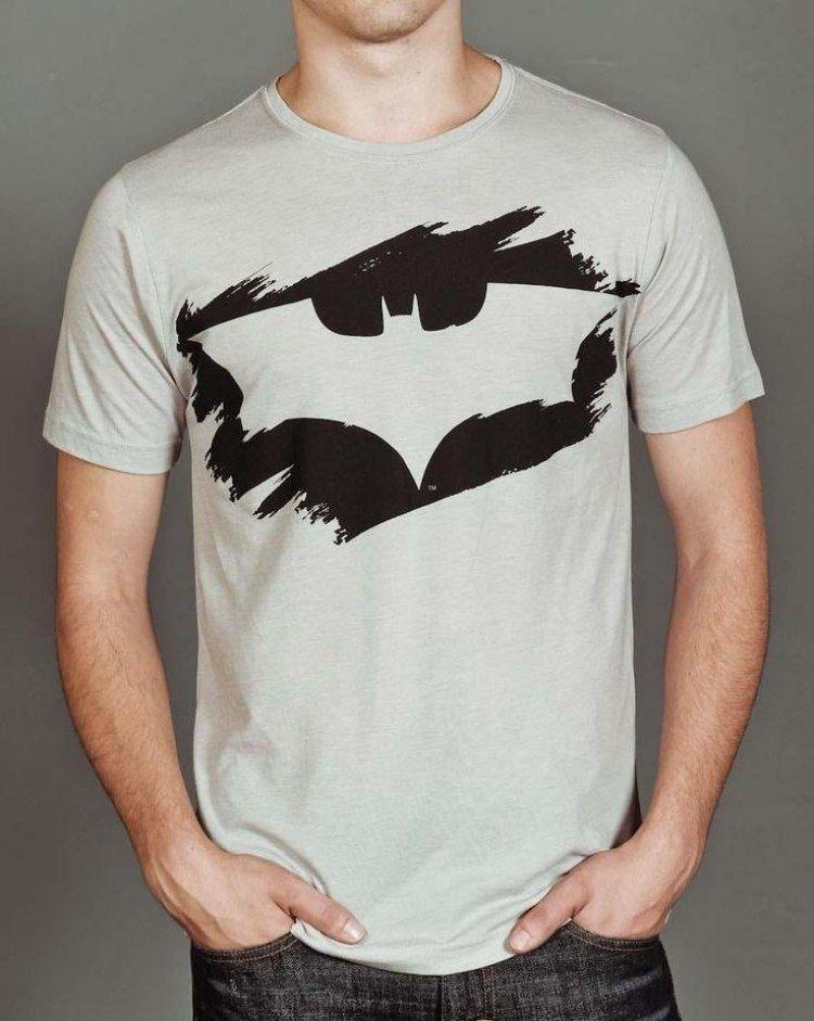 Batman Symbol Auf Grauem T Shirt Malen Pinterest