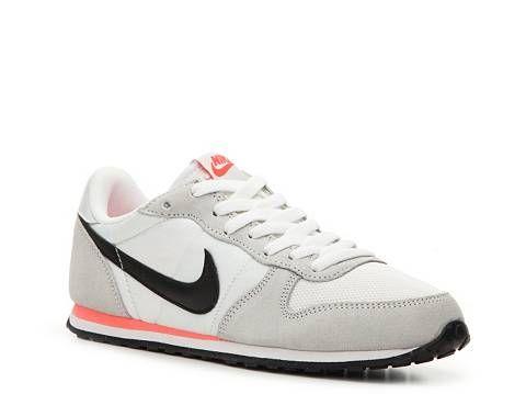 Nike Genicco Retro Sneaker - Womens
