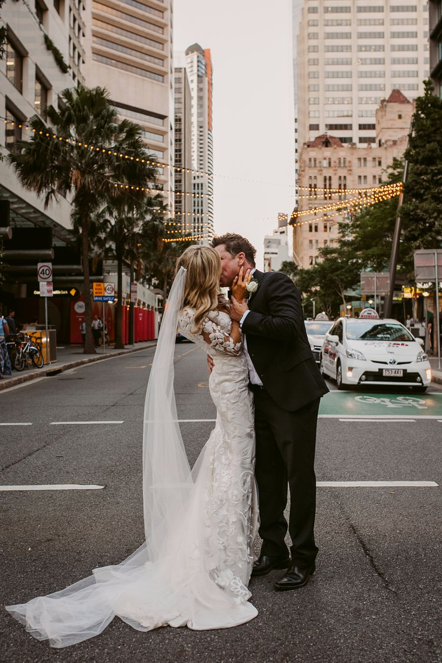 Nigel and rebecca luxe city style brisbane qld country wedding