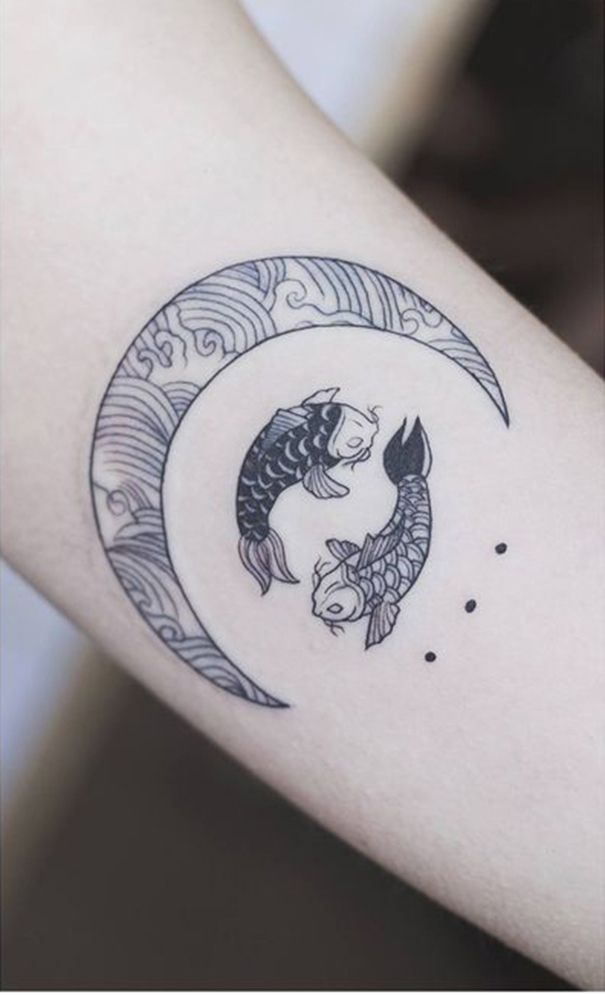 Koi Fish Tattoo On Wrist Tats And Art Ideas Tattoos Pisces