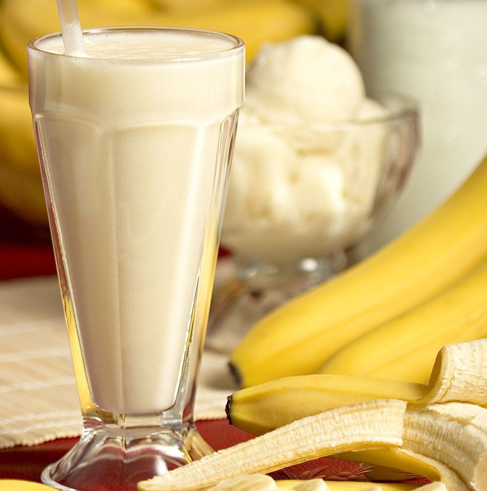 Llénate De Energías Con El Batido De Proteínas De Plátano Ejercicios En Casa Comidas Con Mucha Proteina Recetas Con Proteina Avena Y Platano