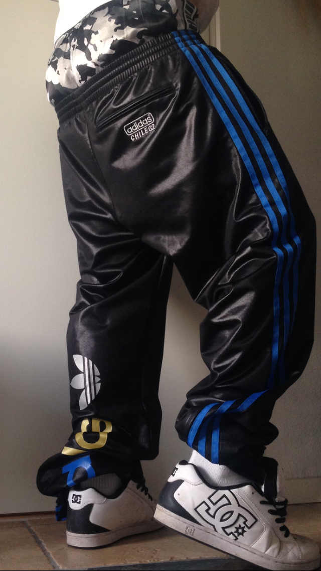 "adidaswanker: ""Sagging in Adidas Chile trackies """