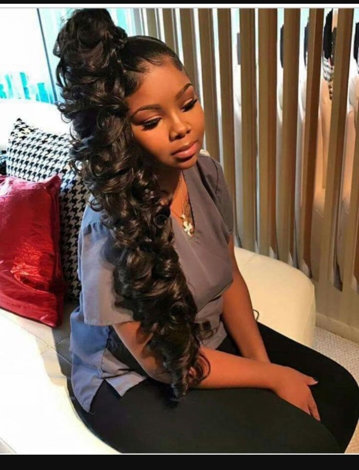 Beautiful High Side Ponytail Curly Design In 2019