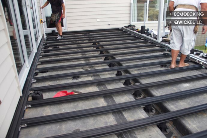 Decking on membrane deck materials tile on membrane for Timber decking materials