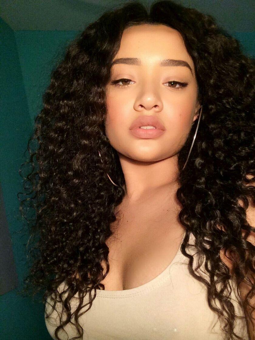 pinterest nandeezy † Afrology Cheveux bouclés