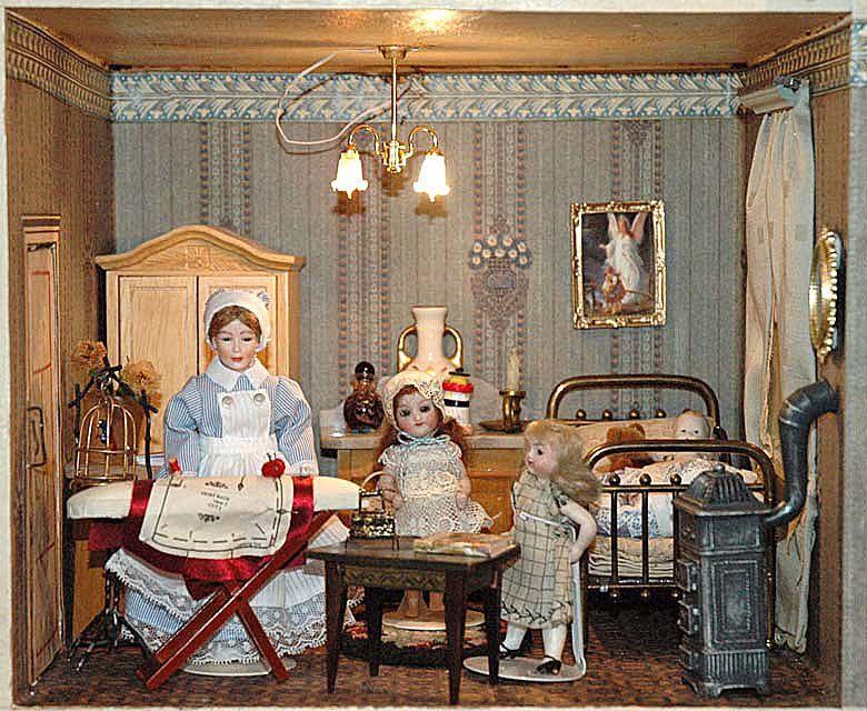 maisondepoupees poupendol= poupees puppen dolls