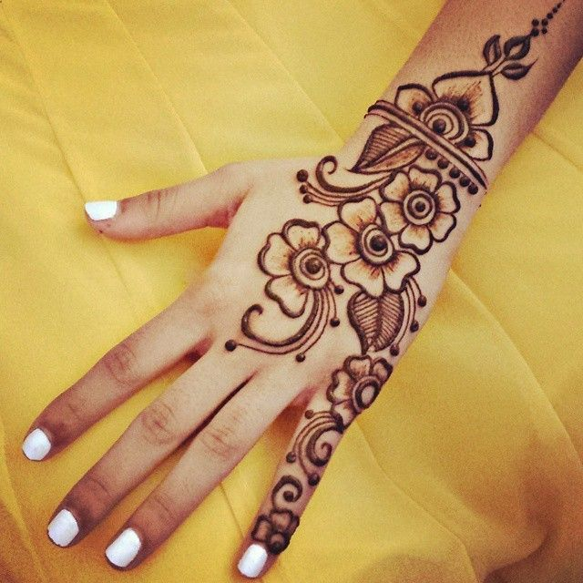 Mehndi Flower Chadar : Very simple henna design gnarlyhair