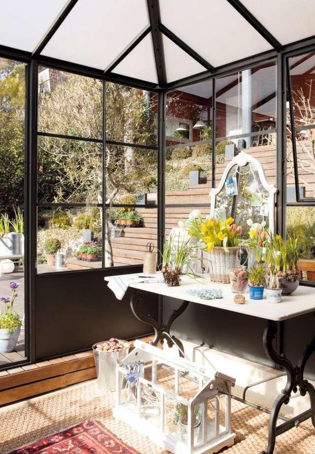 Gestaltung Wintergarten gartenhaus wintergarten pflanzen pflanztisch terrarium interior