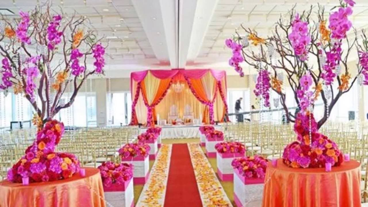 Fab wedding mandap decoration ideas at banquet halls in Delhi | Fab ...