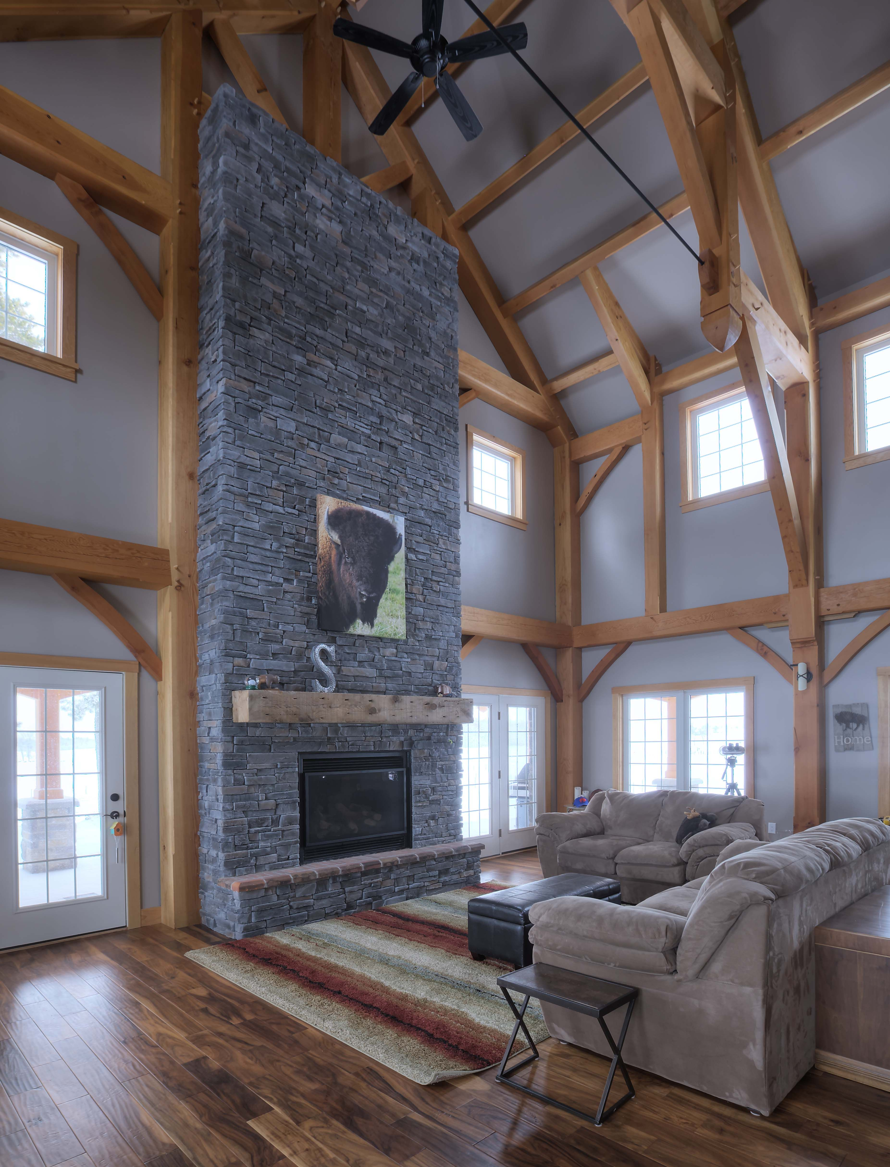 10 Modern Home Decorating Ideas That Ll Transform Any Traditional Space With Images: Stone Veneer, Exterior Stone, Exterior Brick