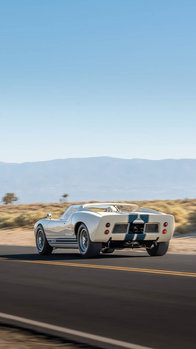 '65 Ford GT40 Roadster Prototype