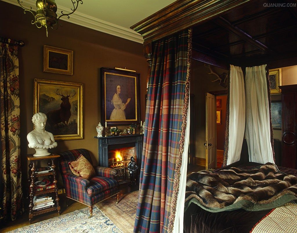 Searching For The Refined In 2019 Scottish Decor English Decor Tartan Curtains