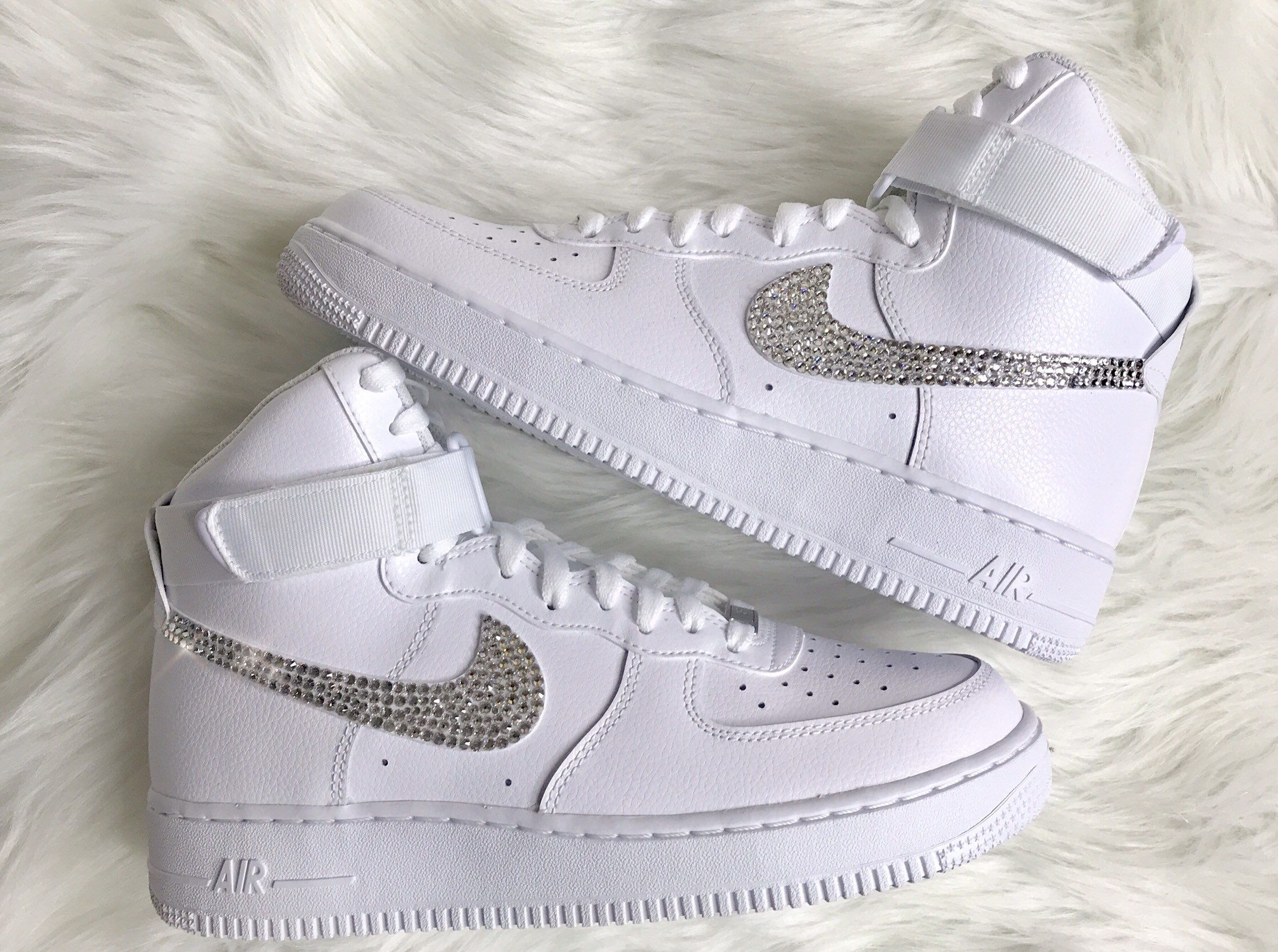 Men S Swarovski Nike Air Force 1 High Top With Swarovski Etsy Nike Air Shoes Custom Nike Shoes Nike Shoes Air Force