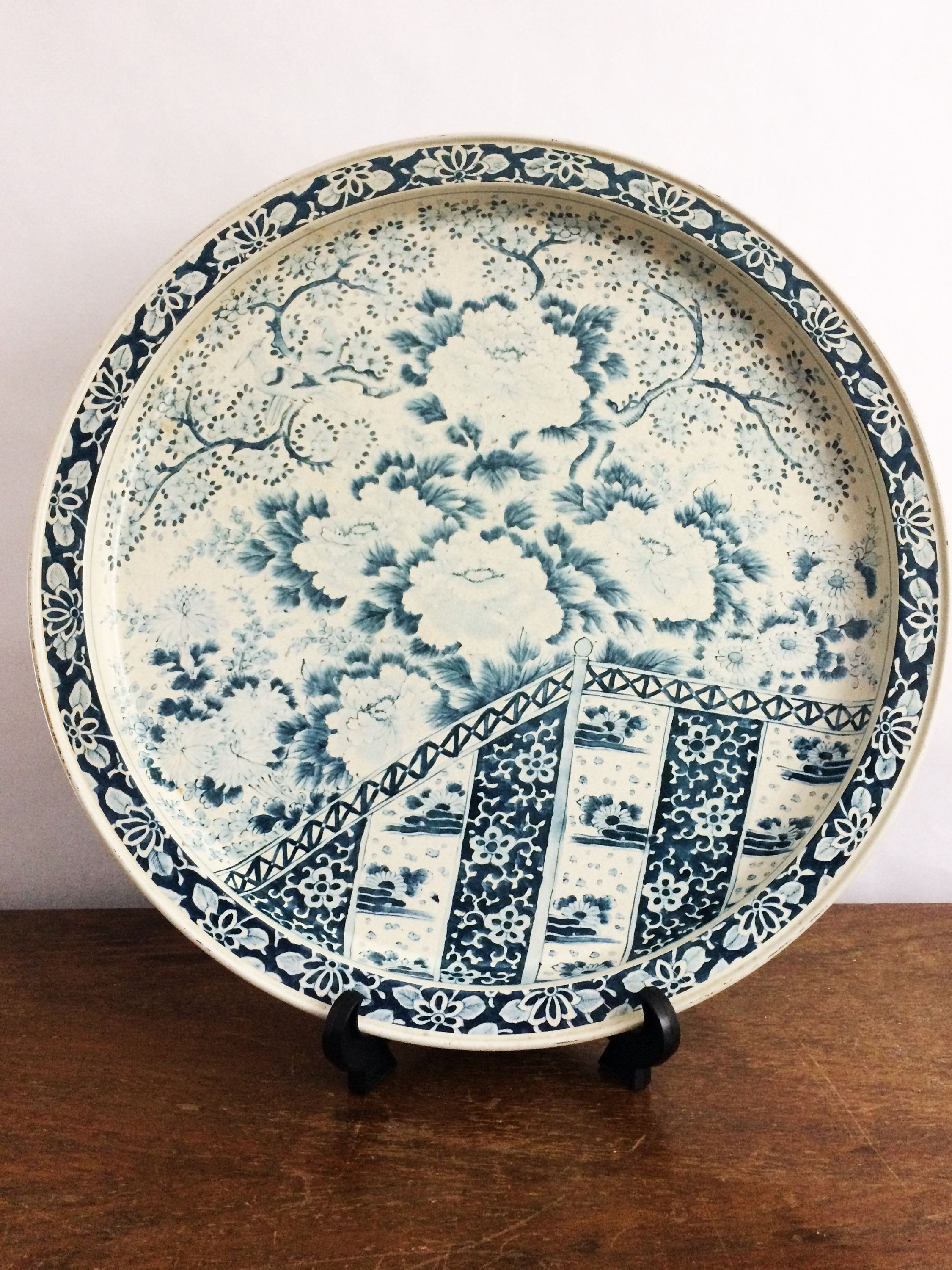 vintage ming dynasty reproduction tin lithograph platter blue white