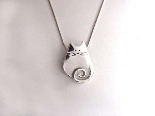 Handmade pure silver kitty cat pendant with sterling silver handmade pure silver kitty cat pendant with sterling silver necklace mozeypictures Choice Image