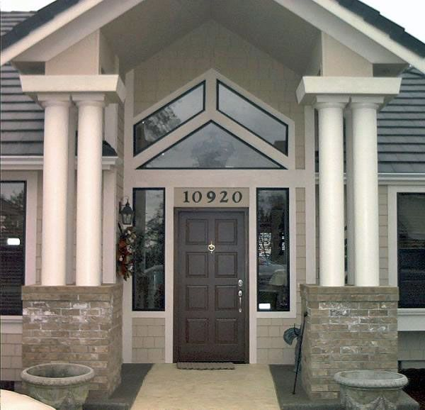 Front Open Entry And Ganged Columns Front Porch Design House Columns Porch Columns