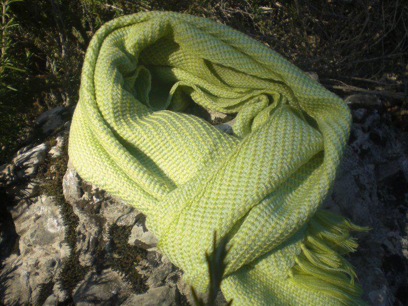 Webschals - Handgewebter Schal aus reiner Wolle - ein Designerstück von…