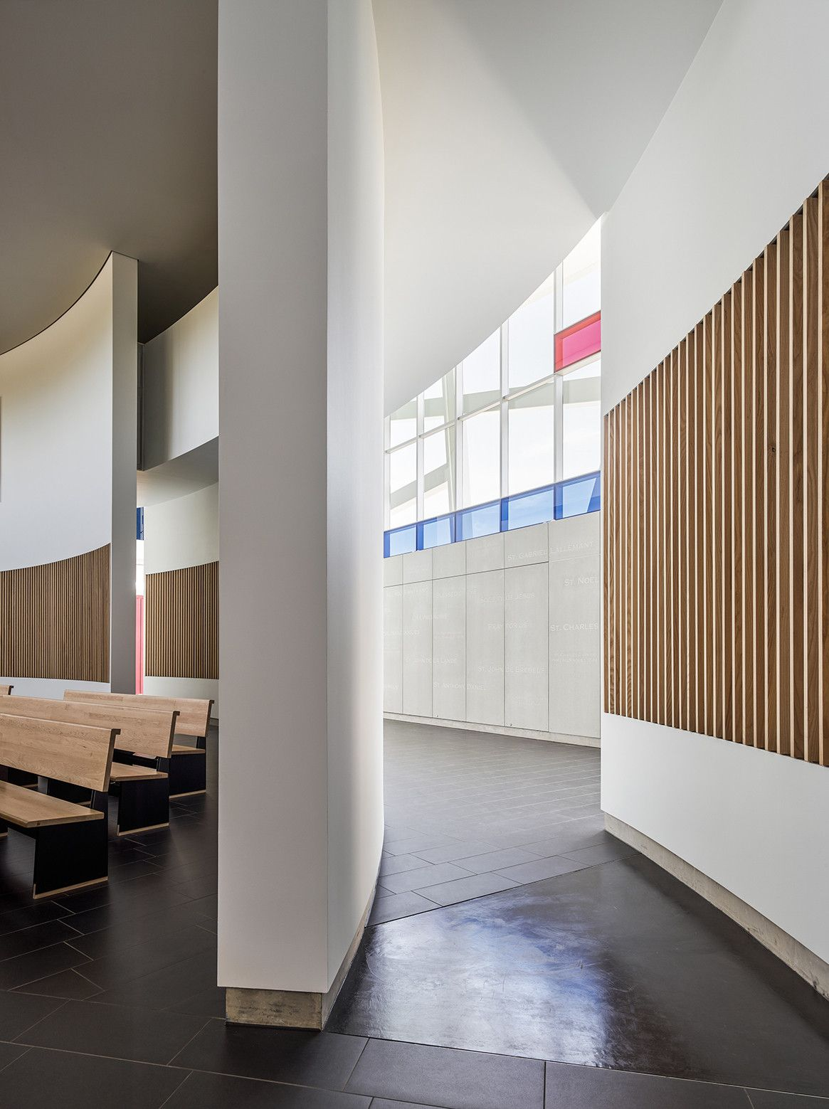 Gallery Of Jesuit High School Chapel Of The North American Martyr Hodgetts Fung 7 Chapel Auditorium Design Church Architecture