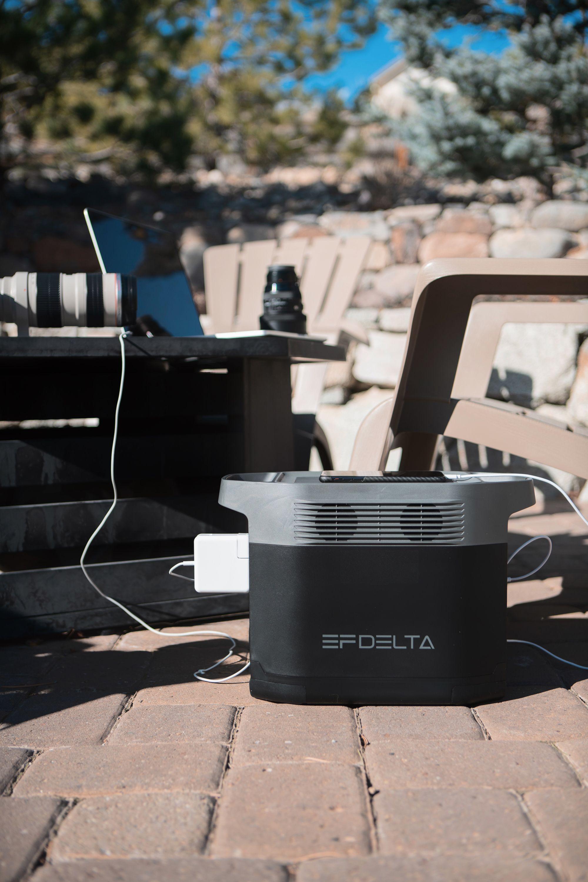 Delta 1300 In 2020 Portable Power Delta Solar Generator