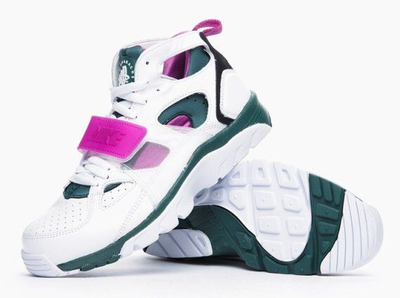 new arrival 1ad5b 53907 Old school | Old school kicks | Nike air trainer huarache ...