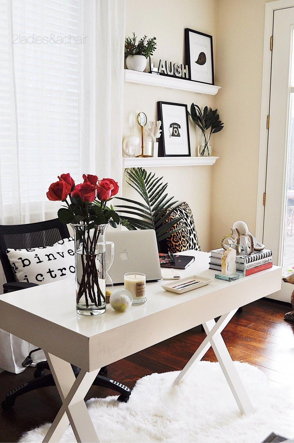 20 Trendy Ideas For A Home Office With Skylights: Nice 20+ Cool Home Office Design Ideas For Small Apartment. # #HomeOfficeDesign #HomeOfficeDe