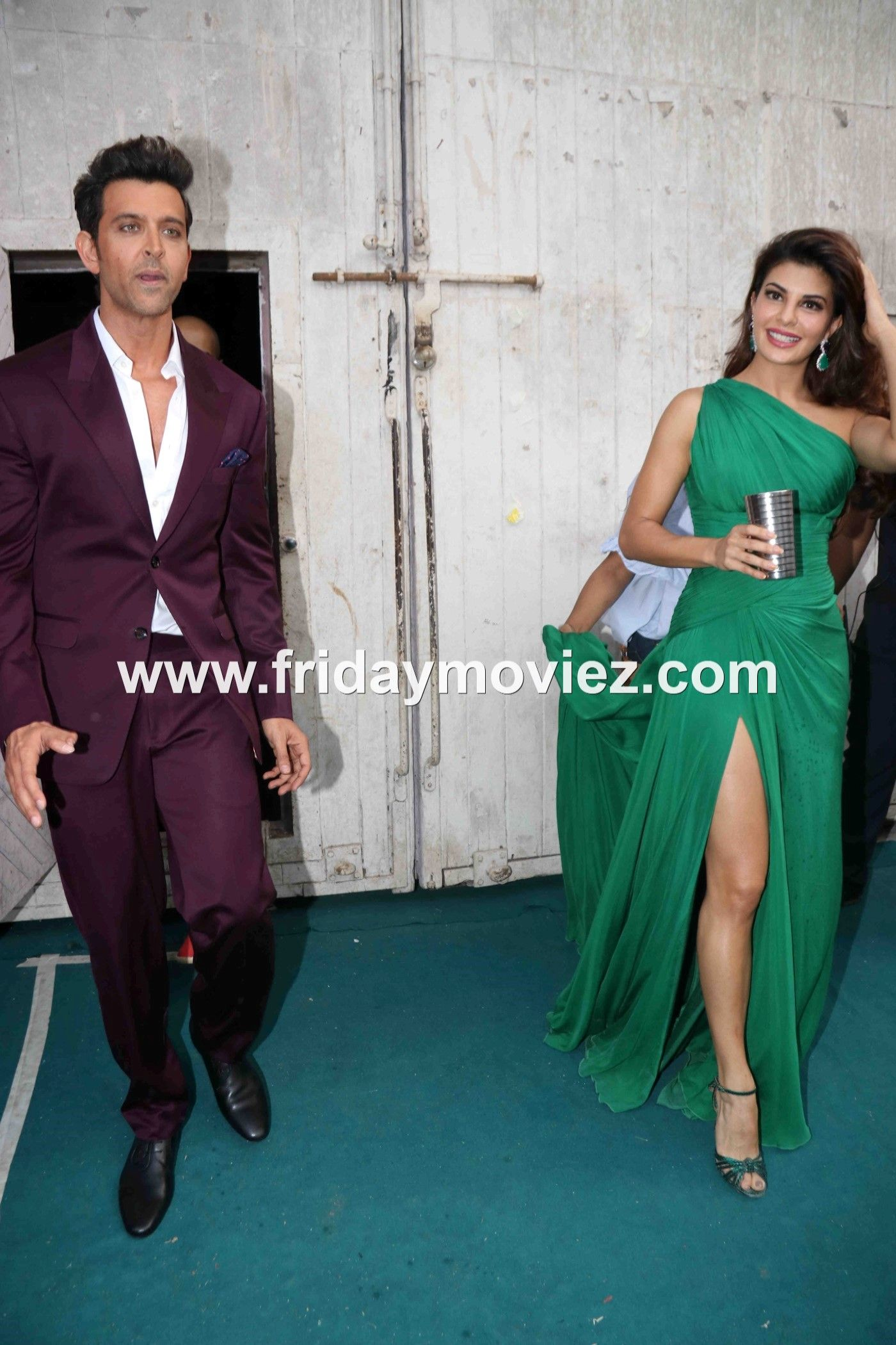 #HrithikRoshan along with #JacquelineFernandez spotted at #Mehboobstudios