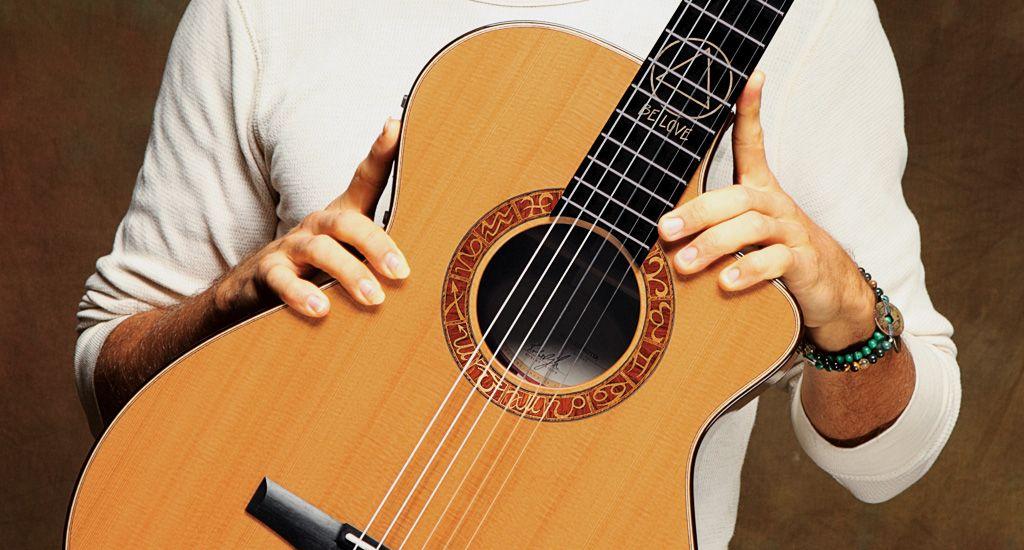 Jason Mraz Signature Model Taylor guitars Jason mraz Guitar