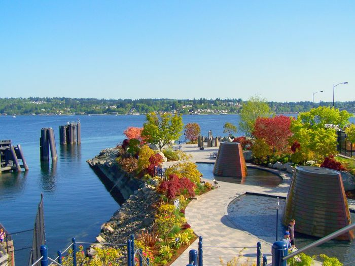 The Fountains Beside The Ferry Port We Were There During The Summer But Aren T The Colors Beaut Washington State Travel Bremerton Washington City By The Sea