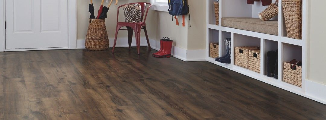 Cottage Villa Laminate, Chocolate Glazed Maple Laminate Flooring | Mohawk Flooring