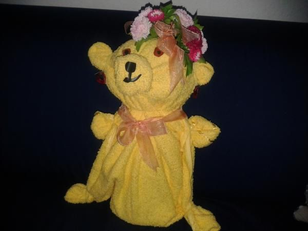 Geschenkverpackung: Handtuch-Teddy