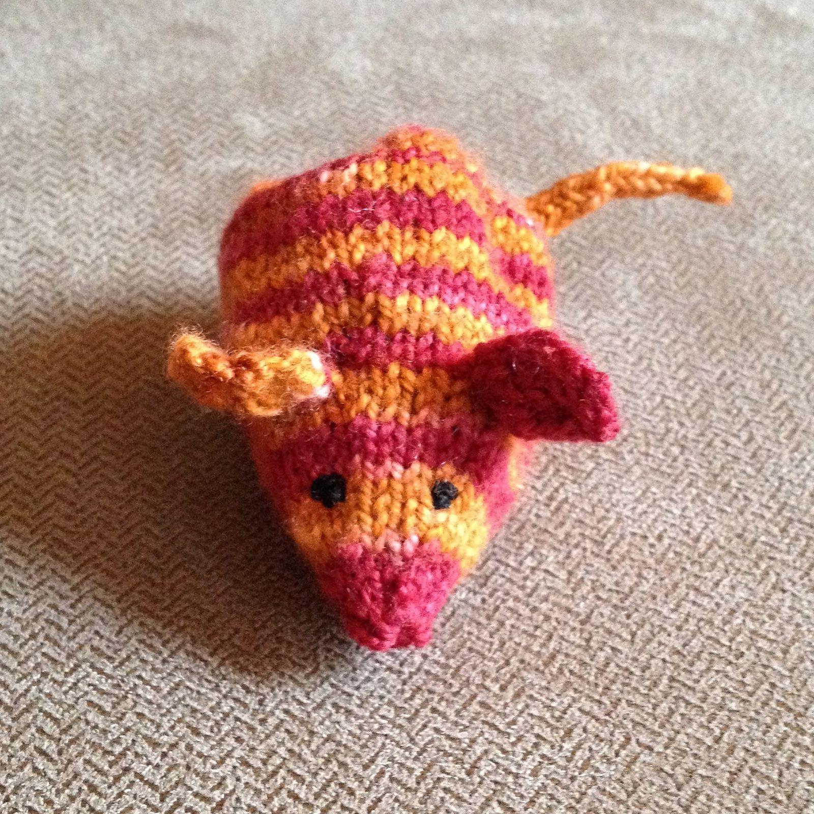 Ravelry: Catnip Bunny pattern by Selina Kyle | 1600x1600