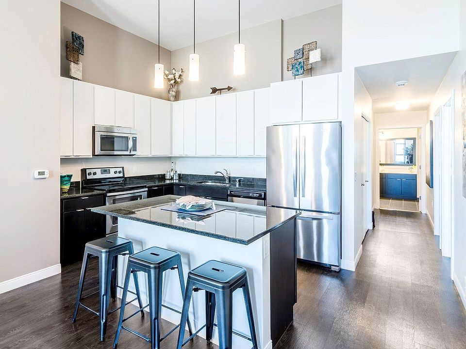 The Buckler Apartment Rentals Milwaukee Wi Zillow Apartments For Rent Furnished Apartments For Rent Cheap Apartment For Rent