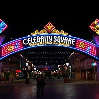 Celebrity Square Gotomyrtlebeach Nightlife Broadway At The Beach Bars Nightclubs