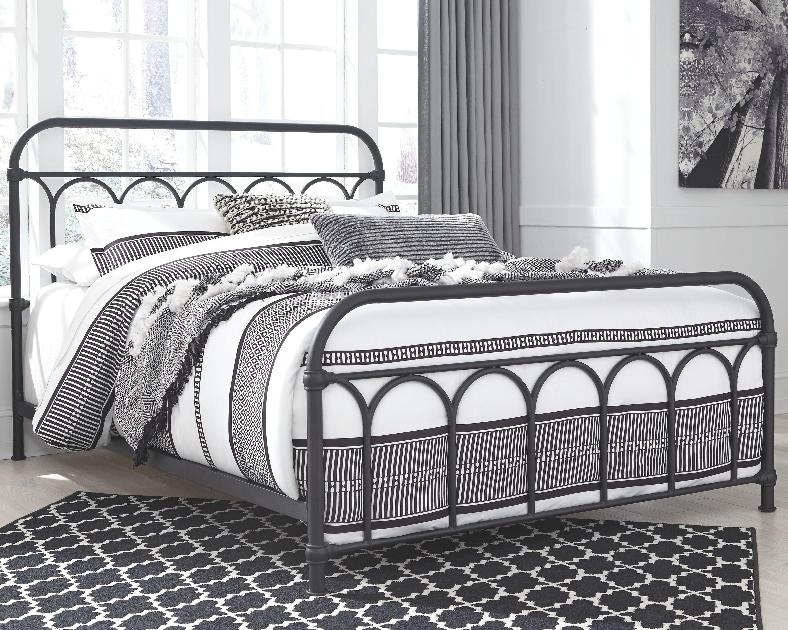 Best Nashburg Queen Metal Bed Black Queen Metal Bed Black 640 x 480