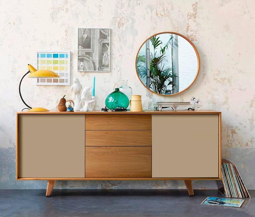 Tendencia retro. #aparador #sideboard #retro #nordicfurniture #AmbarMuebles #home #inspiration #interiordesign #decor #interior #homedecor #homesweethome #inspo #casa #interiors #diseño #deco #homedesign #decorations #instahome #instadecor #decorating #instadesign #interior4all #decoracion #homestyle #decorate #hogar #retrohomedecor