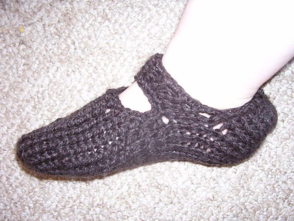 Nadine\'s Patterns: Slippers - Loom knit | Crafty! Loom Knitting ...