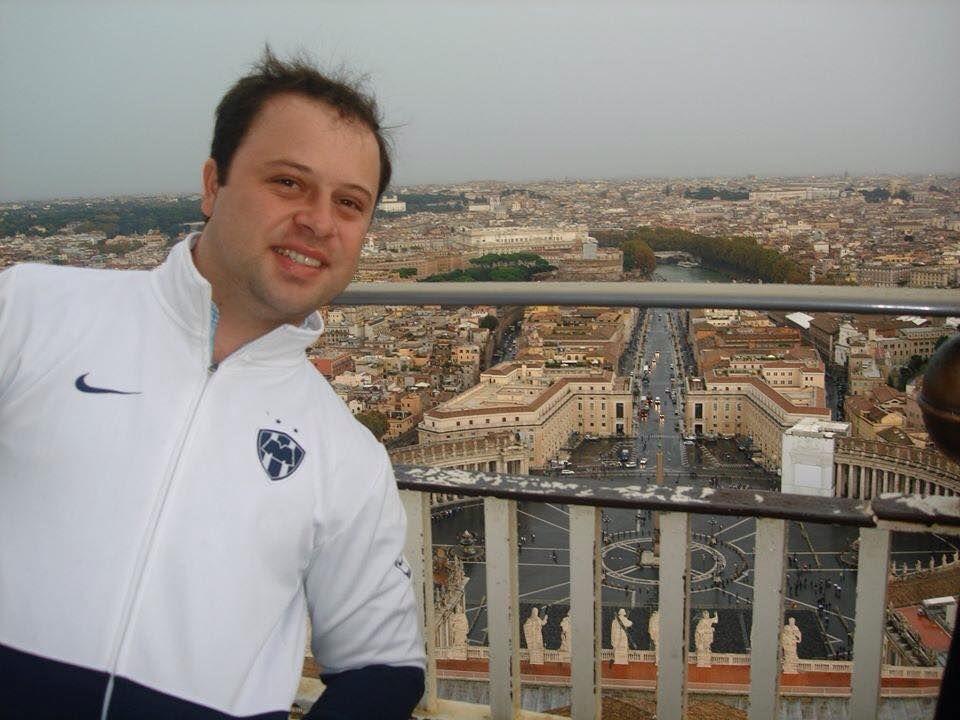 Jorge González desde Roma. #RayadosEnElMundo