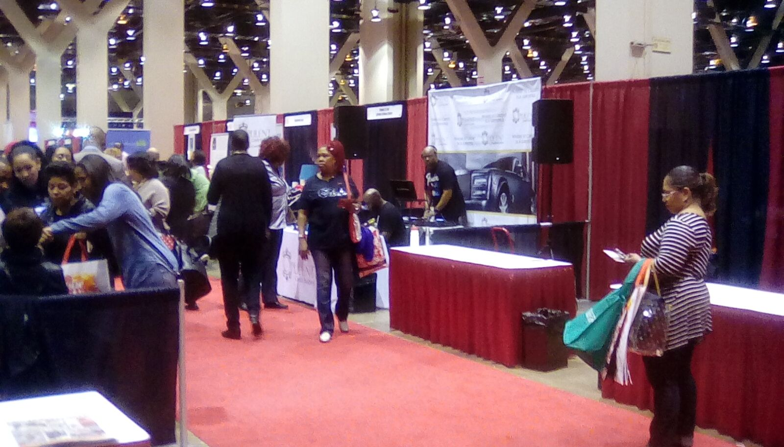 Pin By Tvshow Hln On Black Women S Expo In Chicago Places In
