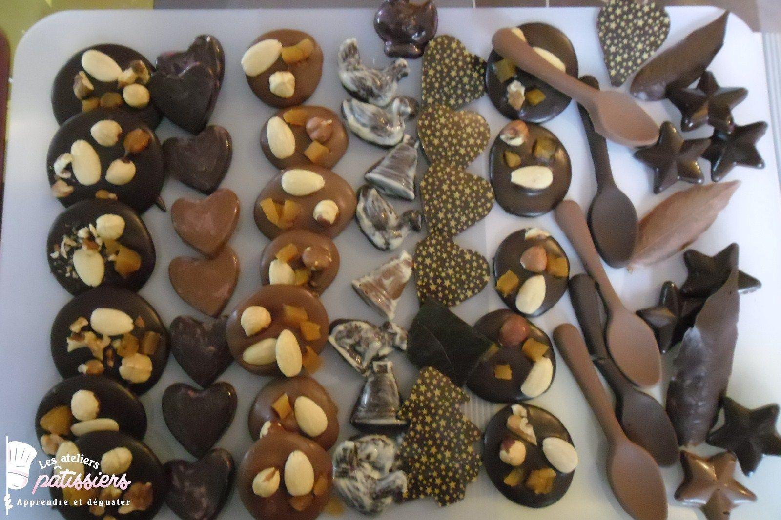 Mendiants et décors en chocolat