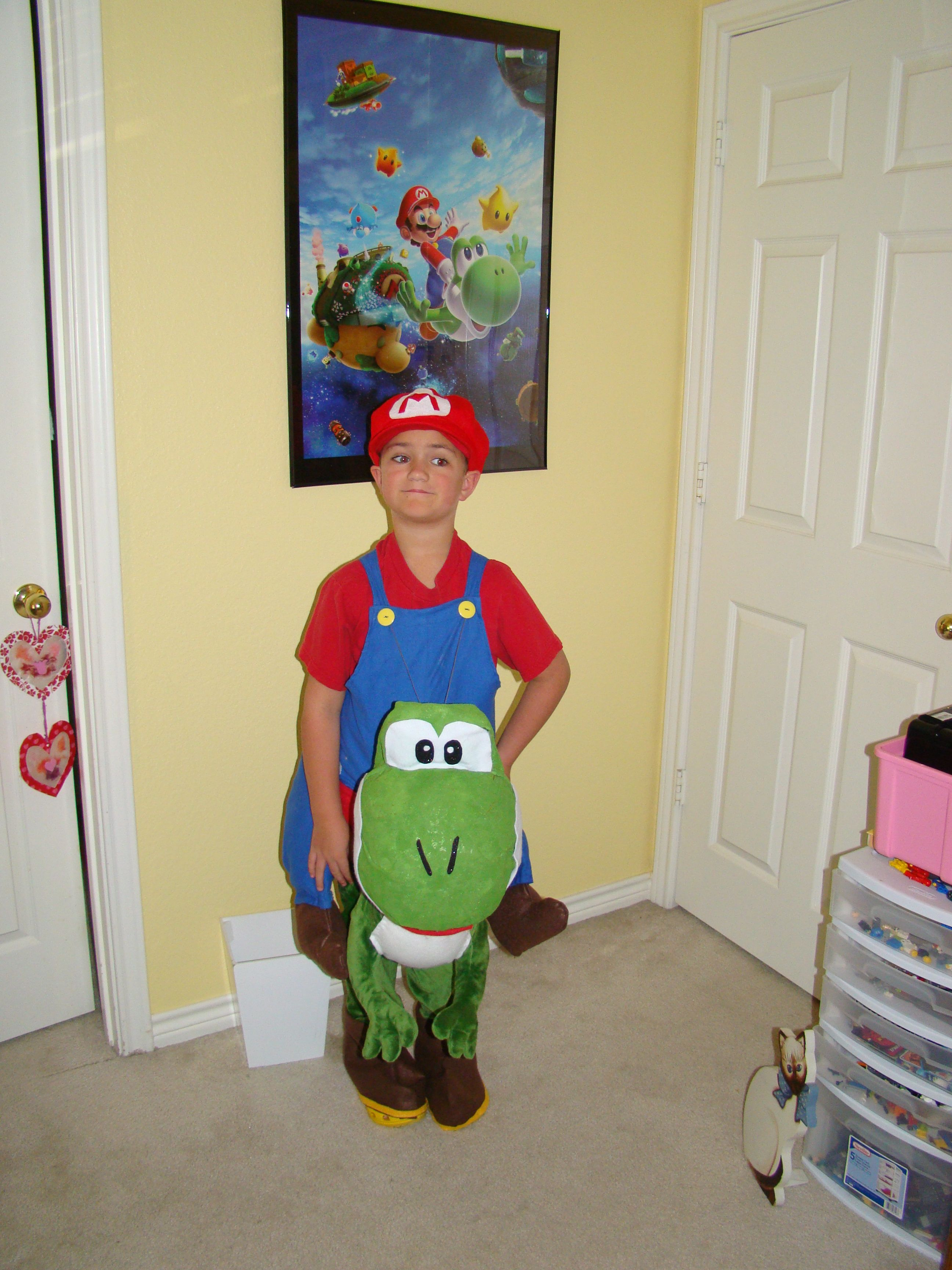 b76c63c511130 Mario riding Yoshi costume   Things I have made/tried/done in 2019 ...