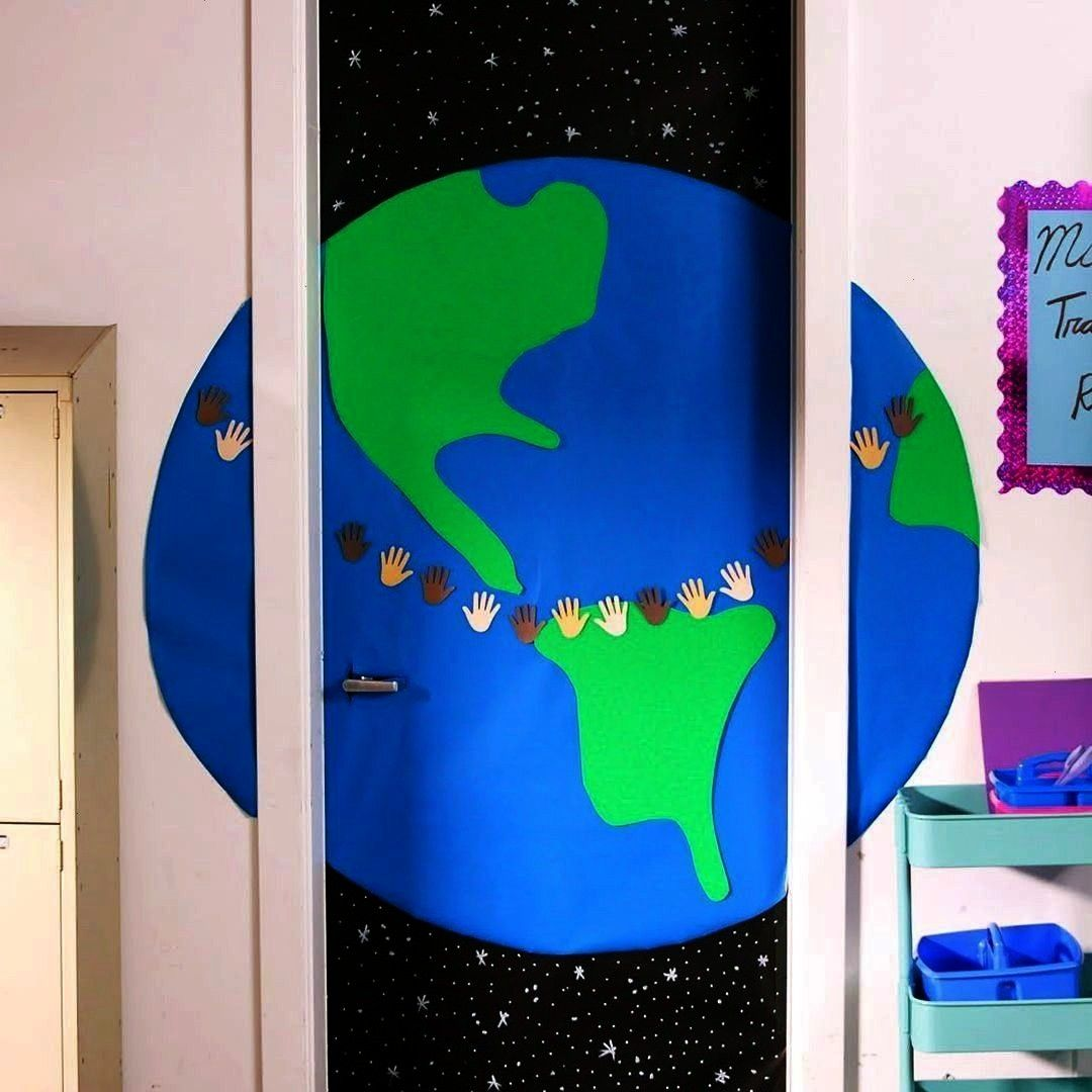 Decor Ideas In 15 Minutes Or Less  Genius Classroom Door Decor Ideas In 15 Minutes Or Less   Best DIY Phone Case ideas HOT Get these Amazing Fabric Paint Set by ARTEZA DI...