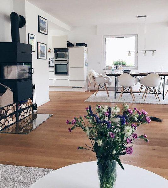 hereinspaziert 10 neue wohnungseinblicke wohnzimmer pinterest wohnzimmer wohnen und haus. Black Bedroom Furniture Sets. Home Design Ideas