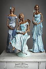 Socha - Sediaca anjelka s dieťaťom - 7862992_